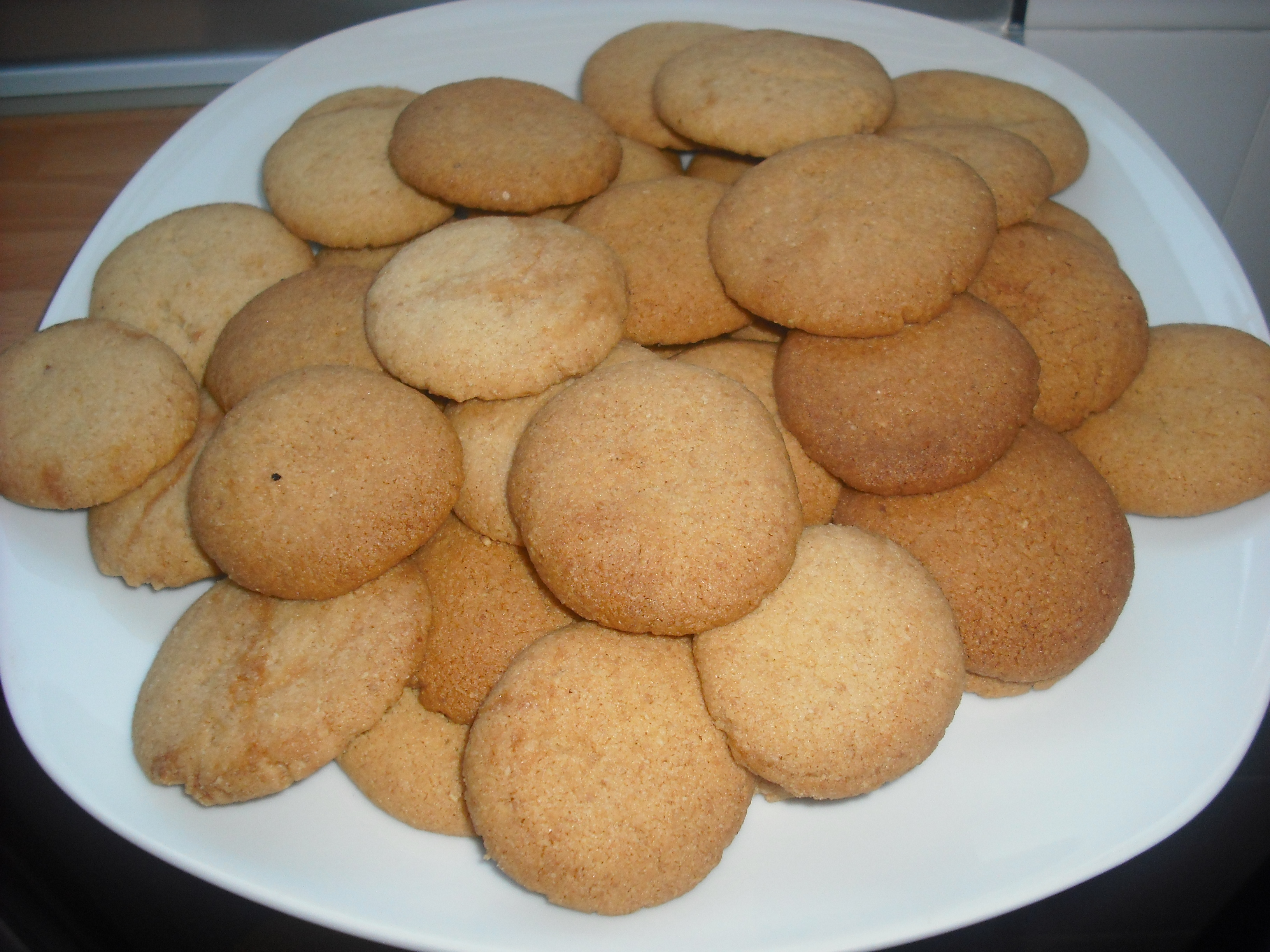 Galletas de almendra con y sin chocolate
