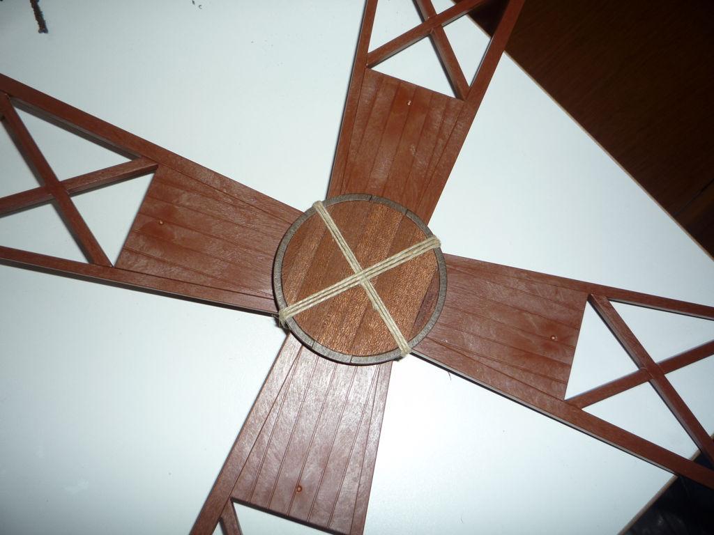 Cubo de las aspas con cuerda de refuerzo