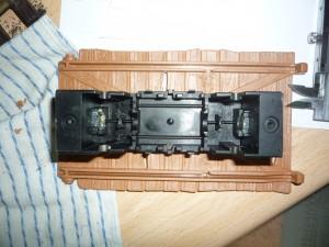 Caja del motor y plataforma centrados
